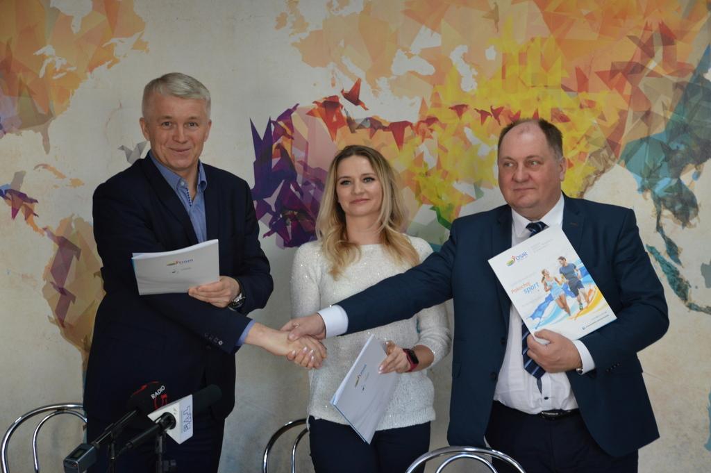 """Szkoła """"Bajka"""" partnerem RESO Suwałki 10,5!"""