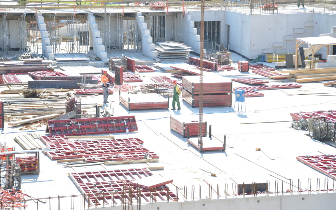 Stan budowy Hali Widowiskowo – Sportowej Suwałki Arena na koniec czerwca 2018 r.