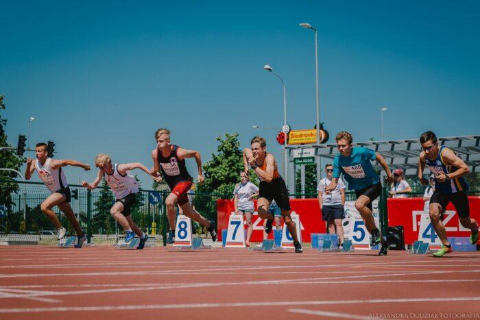 start mężczyzn na 100 m podczas PZLA Mistrzostw Polski w Wielobojach i Sztafetach