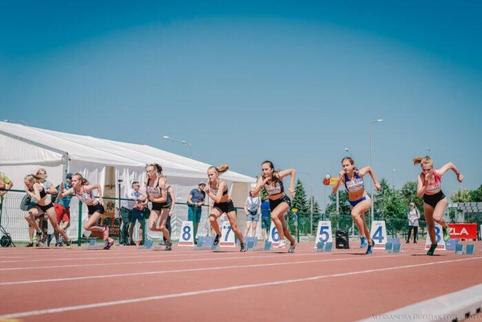start kobiet na 100 m podczas PZLA Mistrzostw Polski w Wielobojach i Sztafetach
